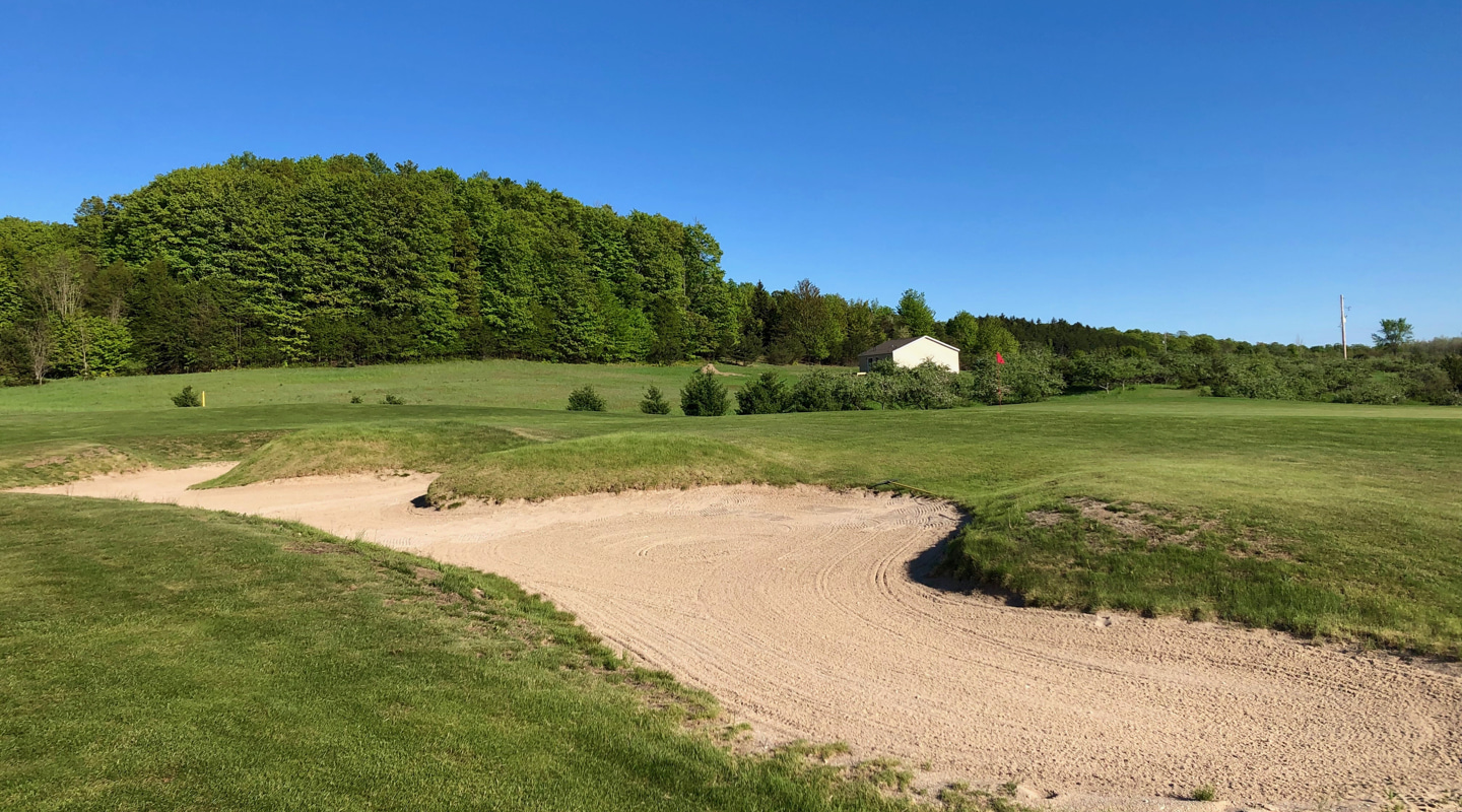 Some of the most interesting bunkering on the course runs along the greenside right