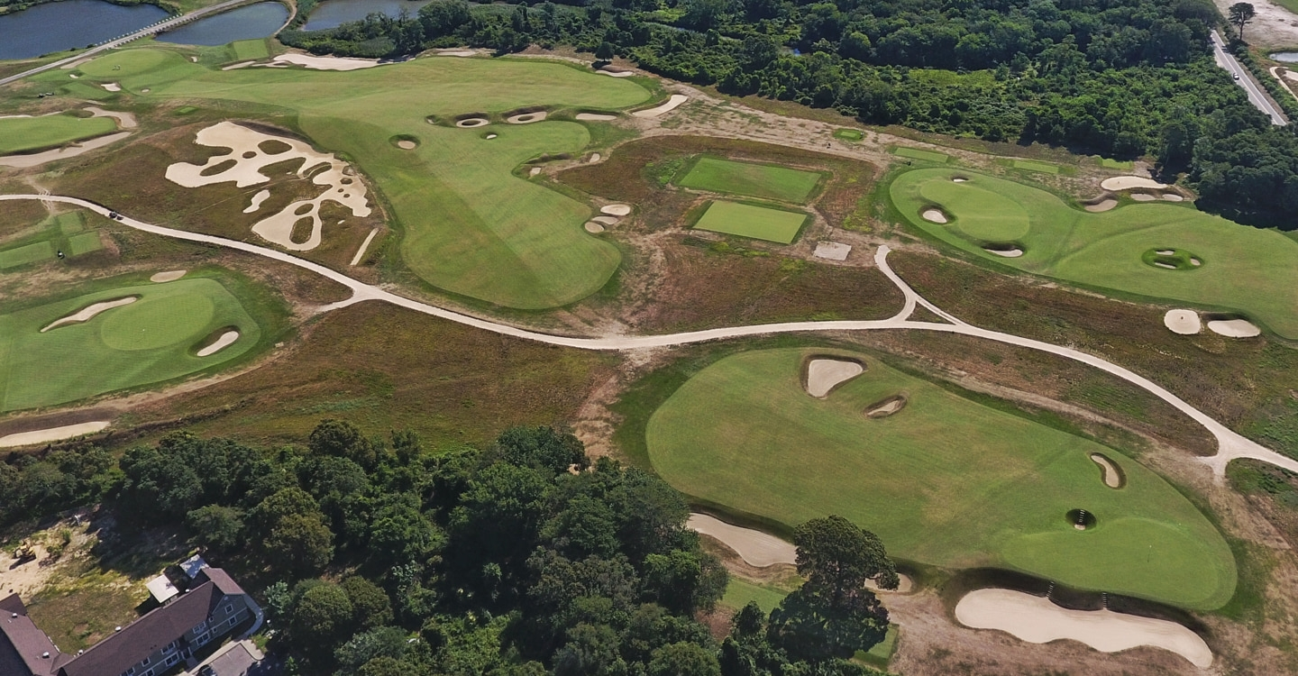 Macdonald's Road template 7th is a smashing tribute to the Old Course original