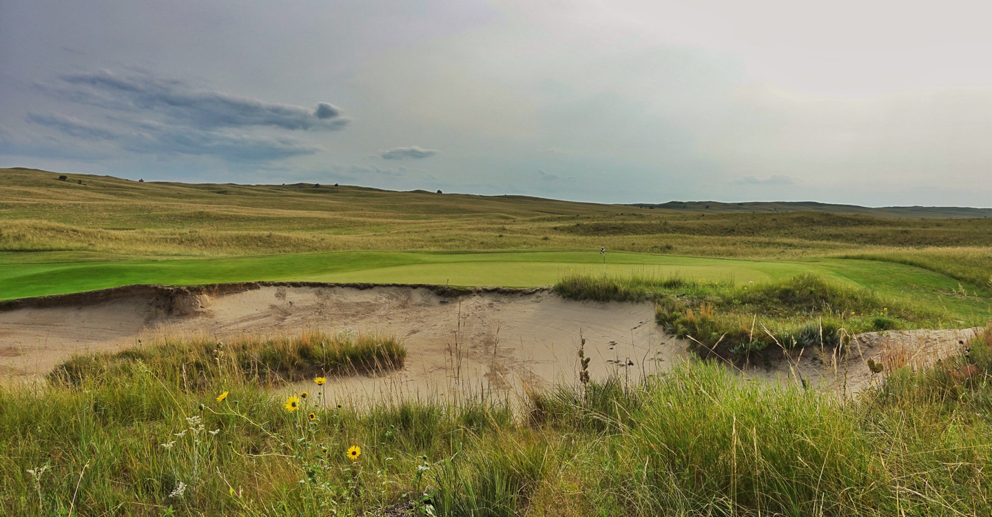 A large bunker right of the green blends beautifully into the surrounds